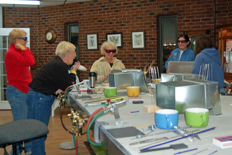 Small group classes in glass beadmaking
